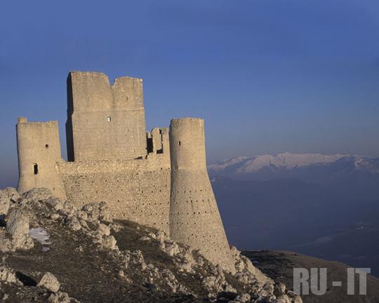 RU-IT | Памятники истории и архитектуры в Абруццо
